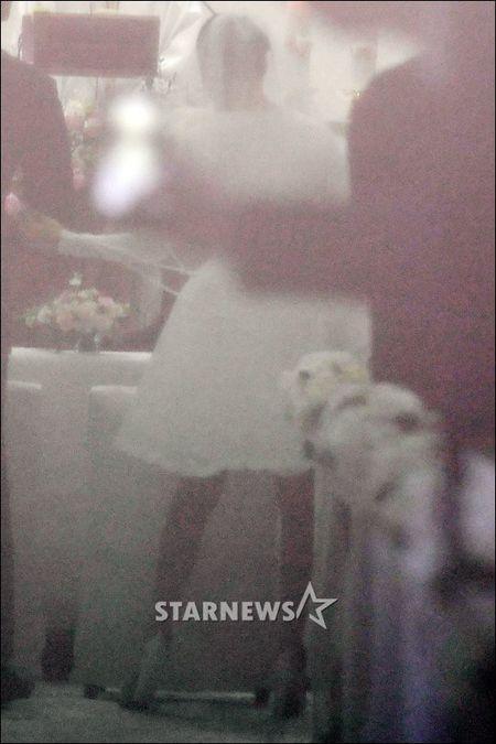 Co dau Kim Tae Hee dien vay ngan, sanh vai chu re Bi Rain - Anh 5
