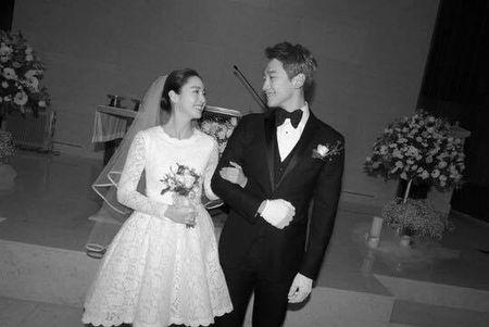 Kim Tae Hee dien vay cuoi ngan hien dai trong le ket hon - Anh 1