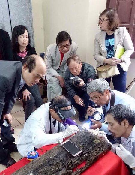 Tim thay mo Trang Trinh Nguyen Binh Khiem: Vi sao dan, xa hoai nghi? - Anh 5