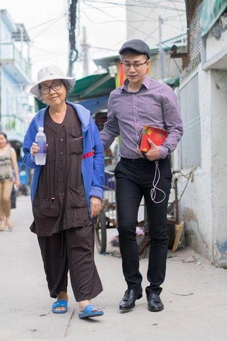 Nu nghe si ngheo kho, song lay lat roi nuoc mat cam kich vi Quach Tuan Du - Anh 2