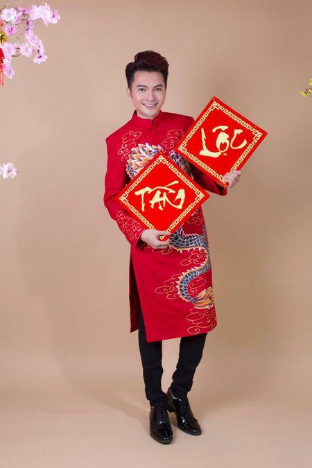 "Nam Cuong khong nhan show Tet de duoc o ben vo sap ""lam bon"" - Anh 3"