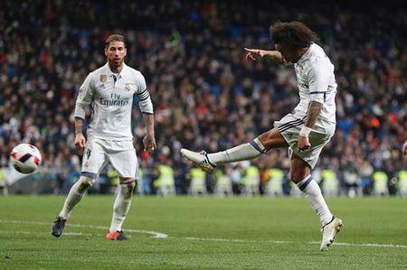 Thua 2 tran 3 ngay: Zidane boi roi, Real thiet quan - Anh 1