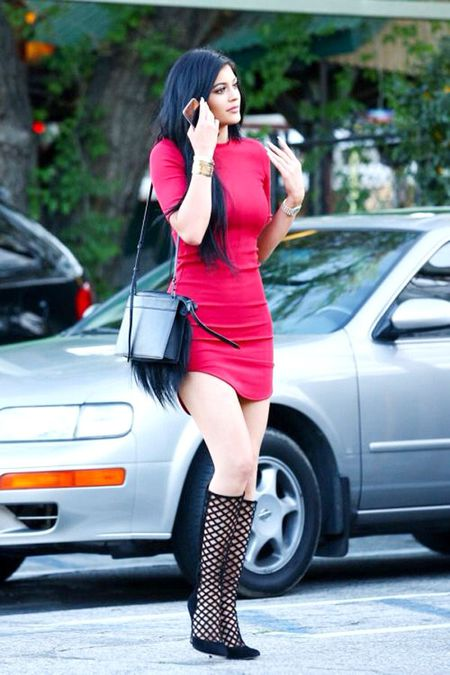 Hoc muon kieu mix do 'chat choi' tu 'hot girl so 1 Hollywood' - Anh 4