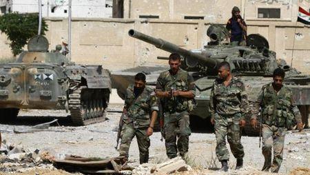 Quan doi Syria con cach nha may nuoc cung cap cho Damascus 500 m - Anh 1