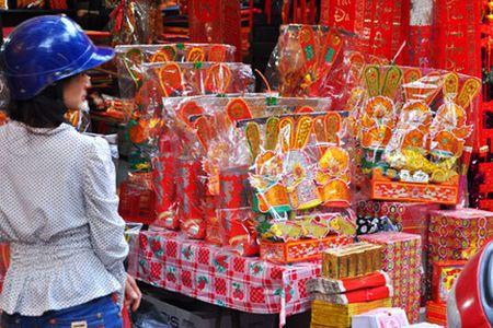Cung nha lau xe hoi trong le ong Cong ong Tao la bien tuong xau - Anh 1