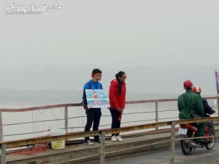 Tien ong Cong ong Tao ve troi: 'Tha ca dung tha tui nilon' - Anh 1