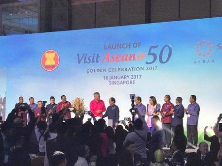 ASEAN thuc day nganh cong nghiep 'khong khoi' - Anh 1
