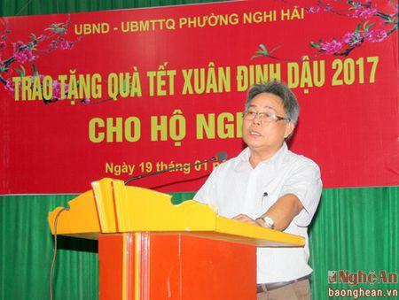 Du hoc Jasa trao qua Tet cho ho ngheo phuong Nghi Hai, TX Cua Lo - Anh 3
