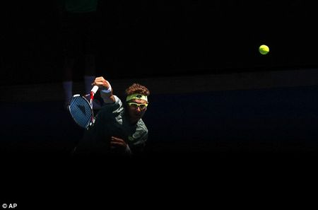 Novak Djokovic bat ngo dung chan o vong 2 Australia mo rong - Anh 2
