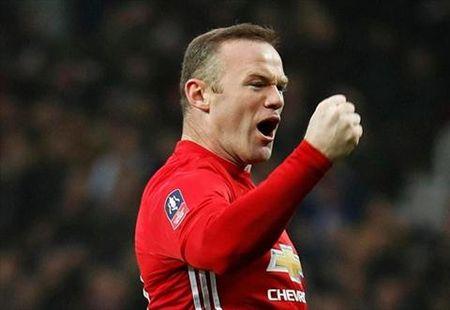 Nike vo tinh de lo phien ban giay ton vinh Wayne Rooney - Anh 1
