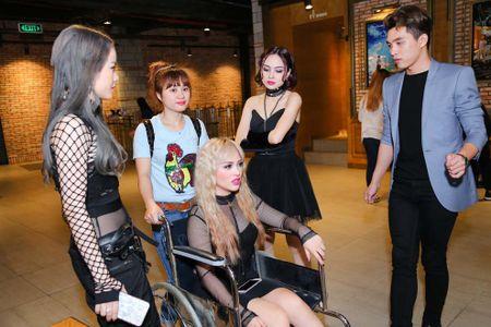 Rapper cua S-Girls den su kien bang xe lan - Anh 3