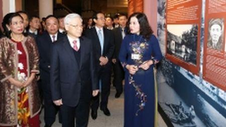 Tong Bi thu Nguyen Phu Trong du khai mac Trien lam ve Tong Bi thu Truong Chinh - Anh 1