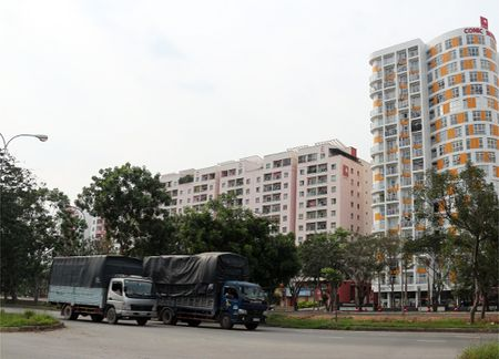 Lanh dao Binh Chanh: 'Huyen dong dan nhat nuoc can cai ao rong hon' - Anh 2