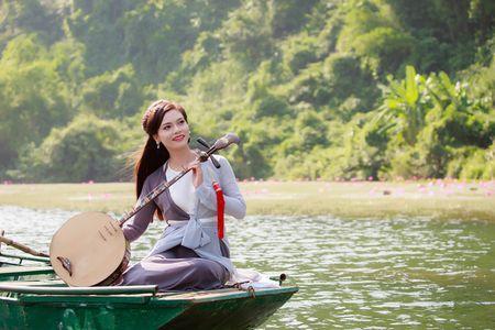 Ca si Phuong Thao ra MV co trang lang man dung sinh nhat - Anh 1