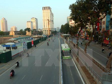 Xac dinh duoc danh tinh lai xe bien xanh di vao lan duong BRT - Anh 1