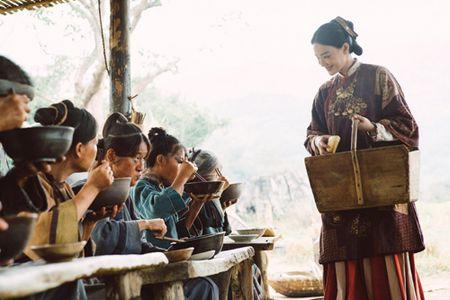 Thu Ky xoa qua khu phim nong trong 'Ngoi lang hanh phuc' - Anh 2