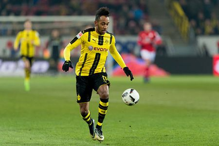 Dortmund 'bat den xanh' cho Real mua Aubameyang - Anh 1