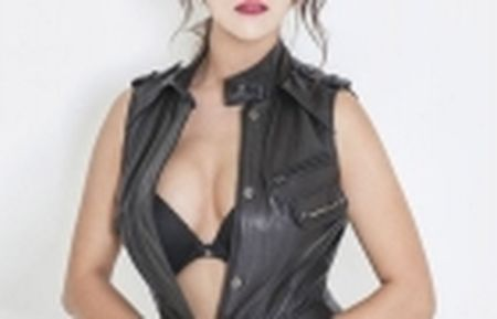 Hot girl Trung Quoc tao dang kheu goi ben trai bong - Anh 11