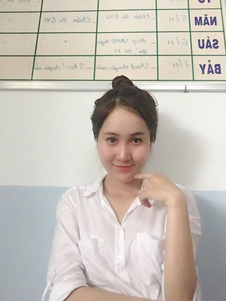 Phat sot voi cac co giao da trang nhu Ngoc Trinh - Anh 2