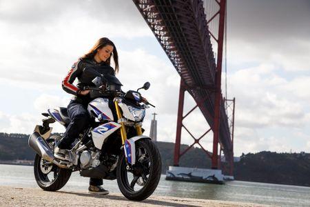 Moto BMW G310R 'chot gia' 208 trieu dong tai Viet Nam - Anh 1