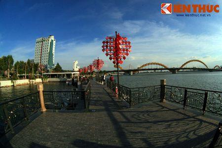 Chiem nguong cau Tinh yeu Da Nang cuc hot dip Valentine - Anh 2