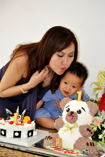 Phi Thanh Van 'phu phang' tiet lo hoc van, phu nhan cong suc cua chong - Anh 2