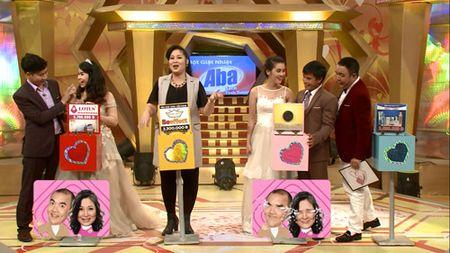 "Hong Van – Quoc Thuan cuoi nghieng nga vi doi ""vo chong chao long"". - Anh 5"