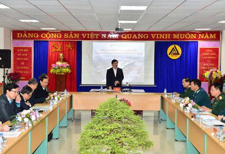 Bo sung them 3 phuong an mo rong san bay Tan Son Nhat - Anh 1
