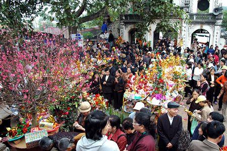 Thu truong phai chiu trach nhiem neu can bo di le hoi trong gio hanh chinh - Anh 1