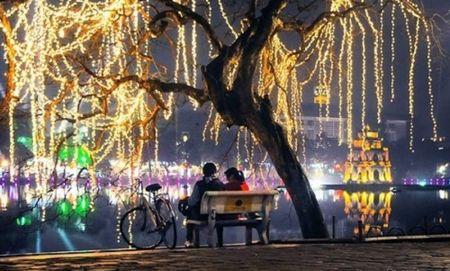 Thoi tiet ngay Valentine: Bac Bo troi ret, Nam Bo nang am - Anh 1