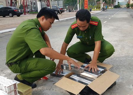 Can Tho: Bat xe khach cho hang ngan goi thuoc la nhap lau - Anh 3