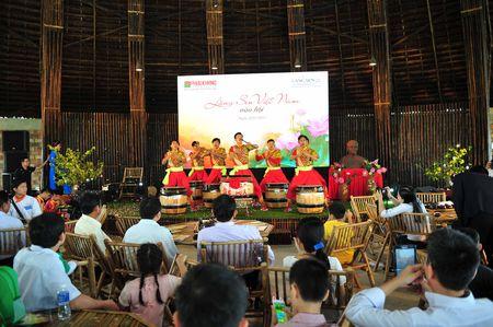 Lang Sen Viet Nam vao Hoi - Anh 1