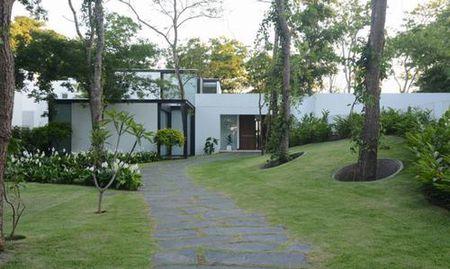 Sanchez House - Ngoi nha an minh trong khong gian rung nhiet doi xanh mat - Anh 2