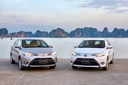 Toyota Fortuner 2017 ban chay ngoai du kien trong thang 1/2017 - Anh 1