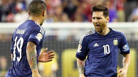 Xep hang FIFA thang 2/2017: Argentina vung ngoi dau, Viet Nam thu 3 DNA - Anh 1