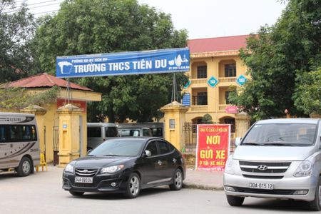 """Phot lo"" lenh cam, co quan Nha nuoc thanh… bai gui xe - Anh 3"