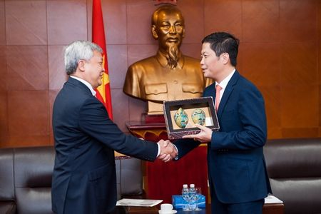 Bo truong Tran Tuan Anh tiep Dai su In-do-ne-xi-a tai Viet Nam - Anh 1