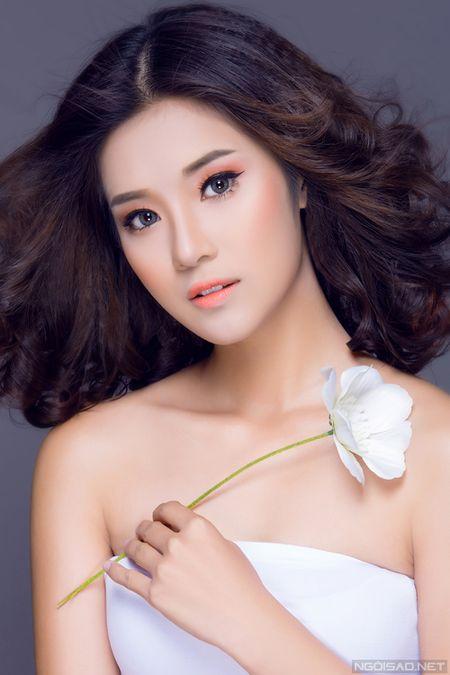 Ngam Hoang Yen Chibi xinh dep khac thuong voi kieu trang diem tong cam - Anh 2