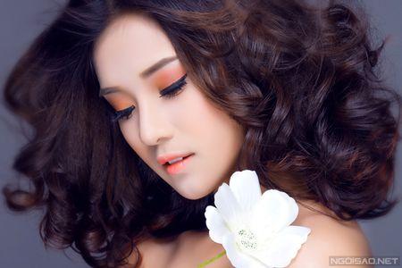 Ngam Hoang Yen Chibi xinh dep khac thuong voi kieu trang diem tong cam - Anh 4