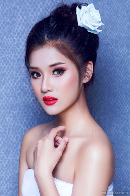 Ngam Hoang Yen Chibi xinh dep khac thuong voi kieu trang diem tong cam - Anh 5