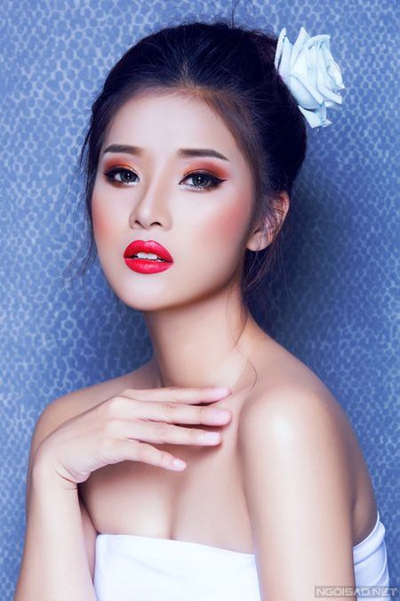 Ngam Hoang Yen Chibi xinh dep khac thuong voi kieu trang diem tong cam - Anh 7