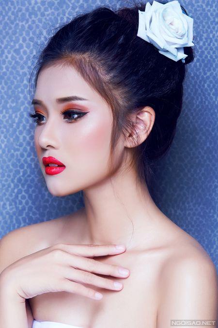 Ngam Hoang Yen Chibi xinh dep khac thuong voi kieu trang diem tong cam - Anh 8