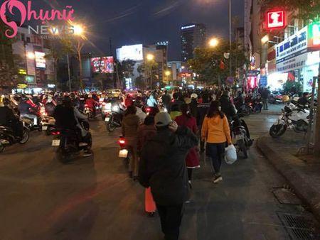 Bien nguoi do ve chua Phuc Khanh cau an dau nam - Anh 6