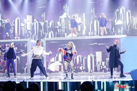 Tronie - MiA mang hit trieu view 'Ong ba anh' cung Duong Trieu Vu nao loan Remix New Generation - Anh 8