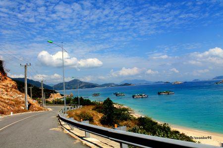 Bai Kinh - diem dung chan 'tuyet cu meo' tren cung duong bien Ninh Thuan - Anh 3