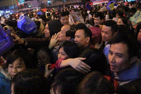 Hon loan cuop loc tai chua Phuc Khanh - Anh 6