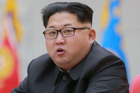 Ong Kim Jong-un thanh trung chi huy ten lua chien luoc? - Anh 1