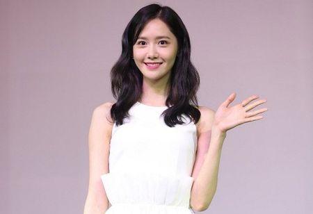 'Nu than' Yoona bat mi SNSD se tro lai Viet Nam - Anh 1