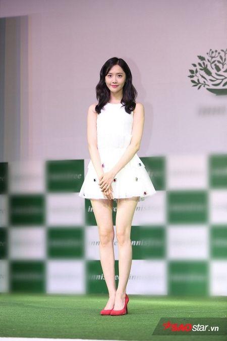 'Nu than' Yoona bat mi SNSD se tro lai Viet Nam - Anh 3