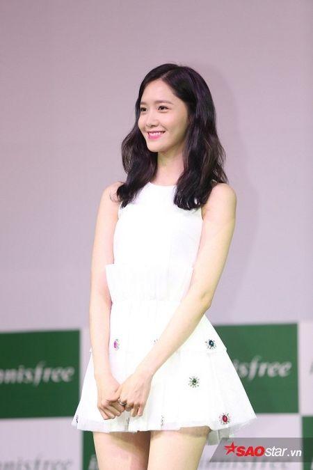 'Nu than' Yoona bat mi SNSD se tro lai Viet Nam - Anh 4